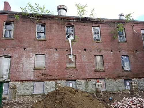This abandoned Army barracks on Great Diamond Island, Maine is being restored into a 44-unit luxury hotel. It's going to take some PROSOCO products, though.